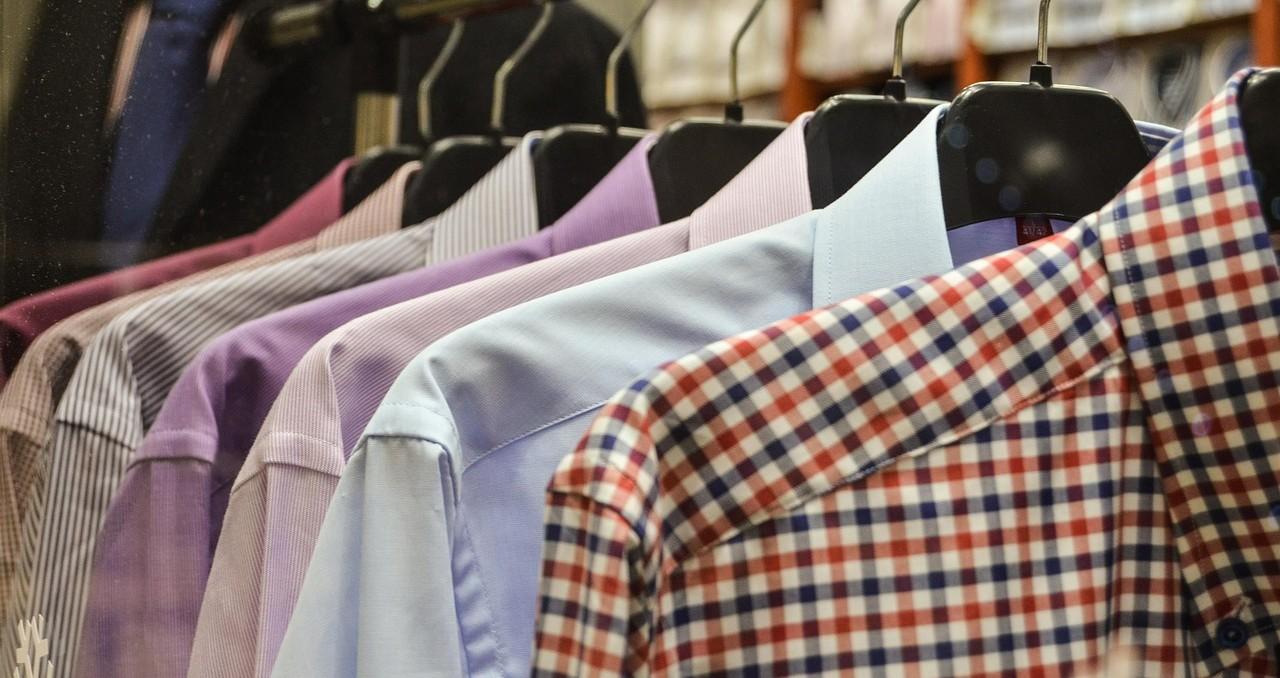 Chemises propres, du ligne géré par le logiciel LavinPro