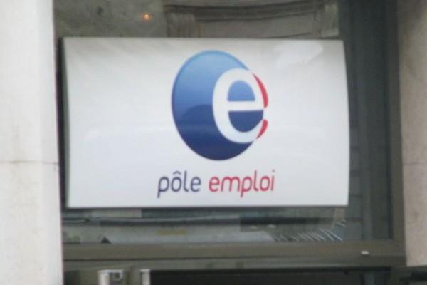 1024px-Pôle_Emploi_Lyon